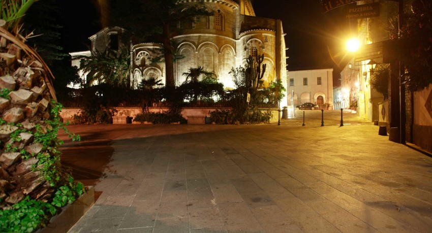 Cattedrale centro storico Tropea